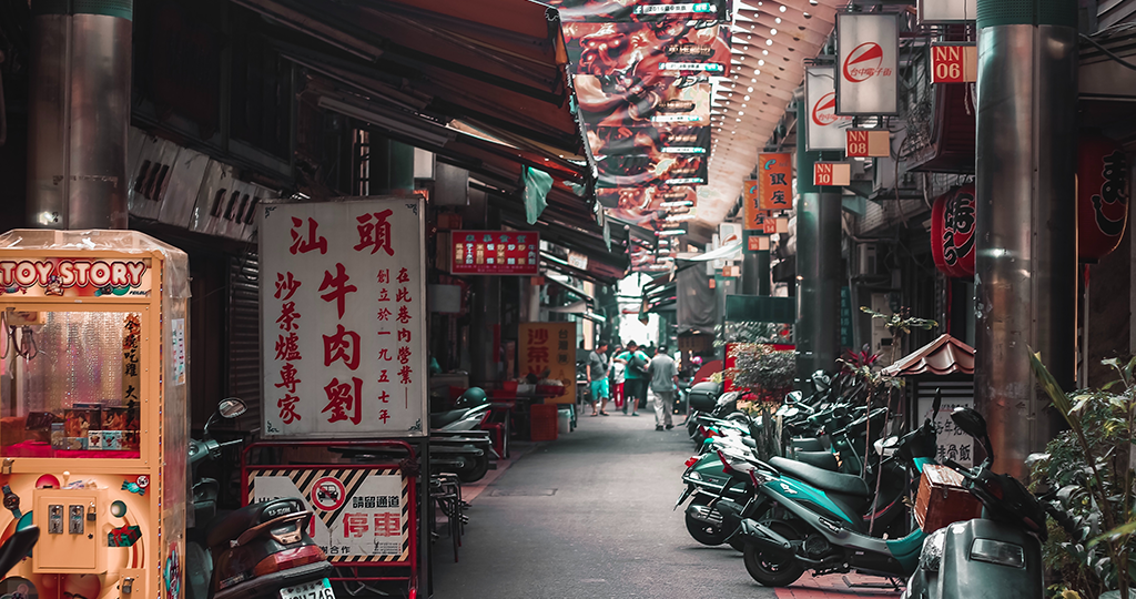 台湾のウェブマーケは Facebook から!?【台湾web広告媒体コスパ早見表】台湾のウェブ広告の特徴が丸裸!